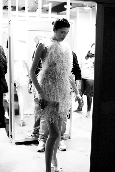 backstage-esther-noriega-mercedes-benz-fashion-week-madrid-little-things 8