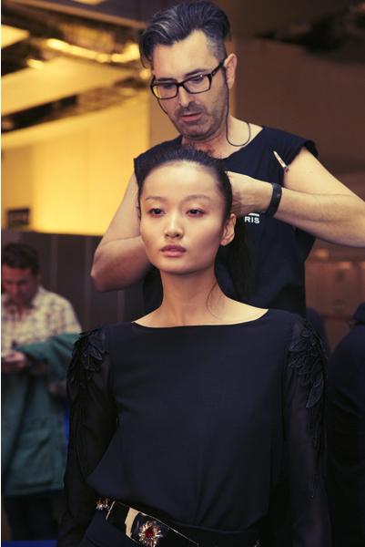 make-up-hair-legend-esther-noriega-backstage-mercedes-benz-fashion-week-madrid 2