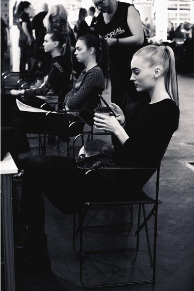 make-up-hair-legend-esther-noriega-backstage-mercedes-benz-fashion-week-madrid 3